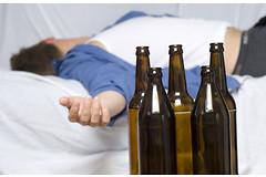 Слишком частое употребление алкоголя в качестве снотворного может привести к бессоннице