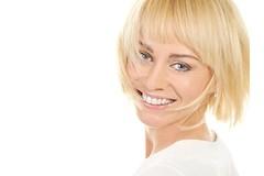 В чем заключаются преимущества короткой стрижки перед длинными волосами?