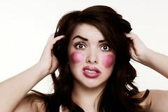 Эффект от масок, кремов, шампуней, бальзамов и т. д. является явно преувеличенным. От какой косметики можно смело отказаться?