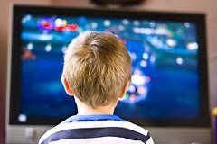 Телевизор влияет на структурное развитие мозга детей.