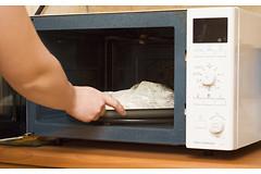 Микроволновые печи уничтожают минералы и витамины в приготавливаемой пище?
