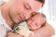 68% мужчин в возрасте 25 лет подвергаются риску депрессии после того как они становятся отцами.