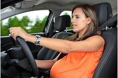 Женщины на втором триместре беременности на 42% чаще попадают в серьезные автомобильные аварии.