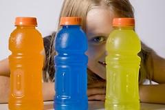Энергетические напитки могут быть опасны. Особенно для детей.