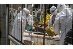 Эпидемия вируса Эбола в Западной Африке, скорее всего, продлится до конца 2015 года. (Фото: BBC)