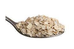 Люди, которые потребляют больше цельного зерна, живут дольше и имеют более здоровое сердце.