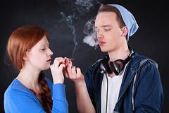 Курение марихуаны в течение трех лет приводит к повреждению долговременной памяти у подростков.