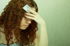 Синтетические гормоны в противозачаточных таблетках приводят к изменениям в некоторых областях головного мозга у женщин.
