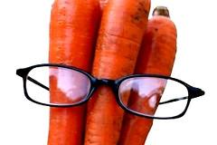 Действительно ли употребление моркови улучшает зрение?