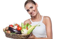 Риск развития хронических заболеваний и смерти уменьшается при употреблении фруктов, овощей, чая и кофе, потому что они содержат полифенолы и мощные антиоксиданты.
